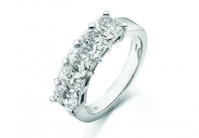 5 stone Phoenix Cut™ eternity ring